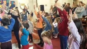 Messy Church 6 Probus